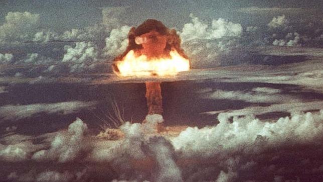 El controvertido platillo volante nazi ideado para lanzar una bomba atómica